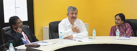 Arjun-Mundiya,-Alok-Tewari-&-Mangala-Chandran,-Editor-in-Chief---Clean-India-Journal-during-the-session