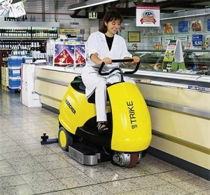Kärcher-launches-the-world's-smallest-floor-cleaning-machine